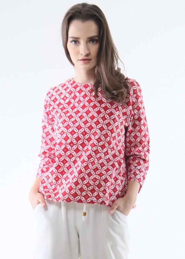 3/4 Sleeve Ethnic Blouse in Kawung Red size M Baju Batik Modern