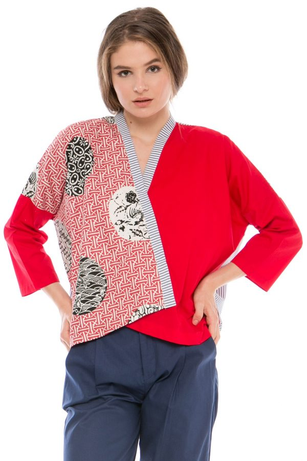 Long Sleeve Kanaka Blouse in Slampadan Red on Red Motif