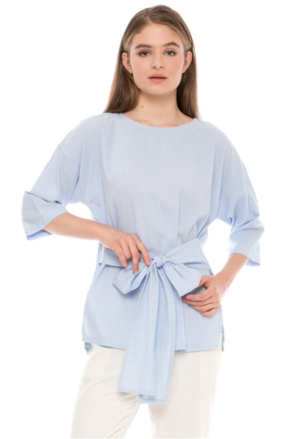 Kayana Bow Top in Light Blue