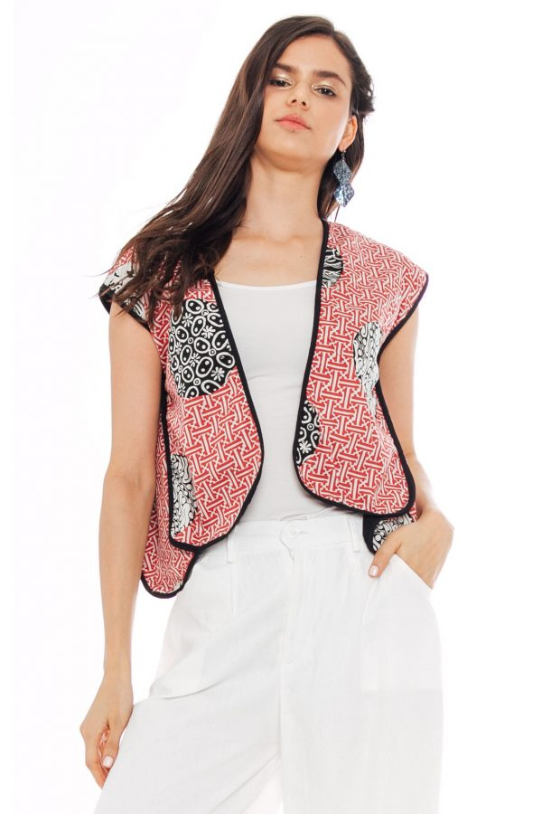 Manaka Vest in Slampadan Red
