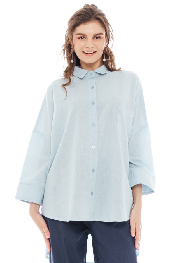 Ioki Linen Top in Soft Blue